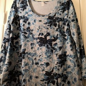 LuLaRoe XL Lynnae Tunic Top Blue Watercolor Floral